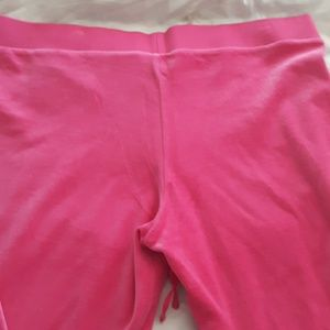 Juicy Couture Pants - New Juicy Couture X-large. sweatpants